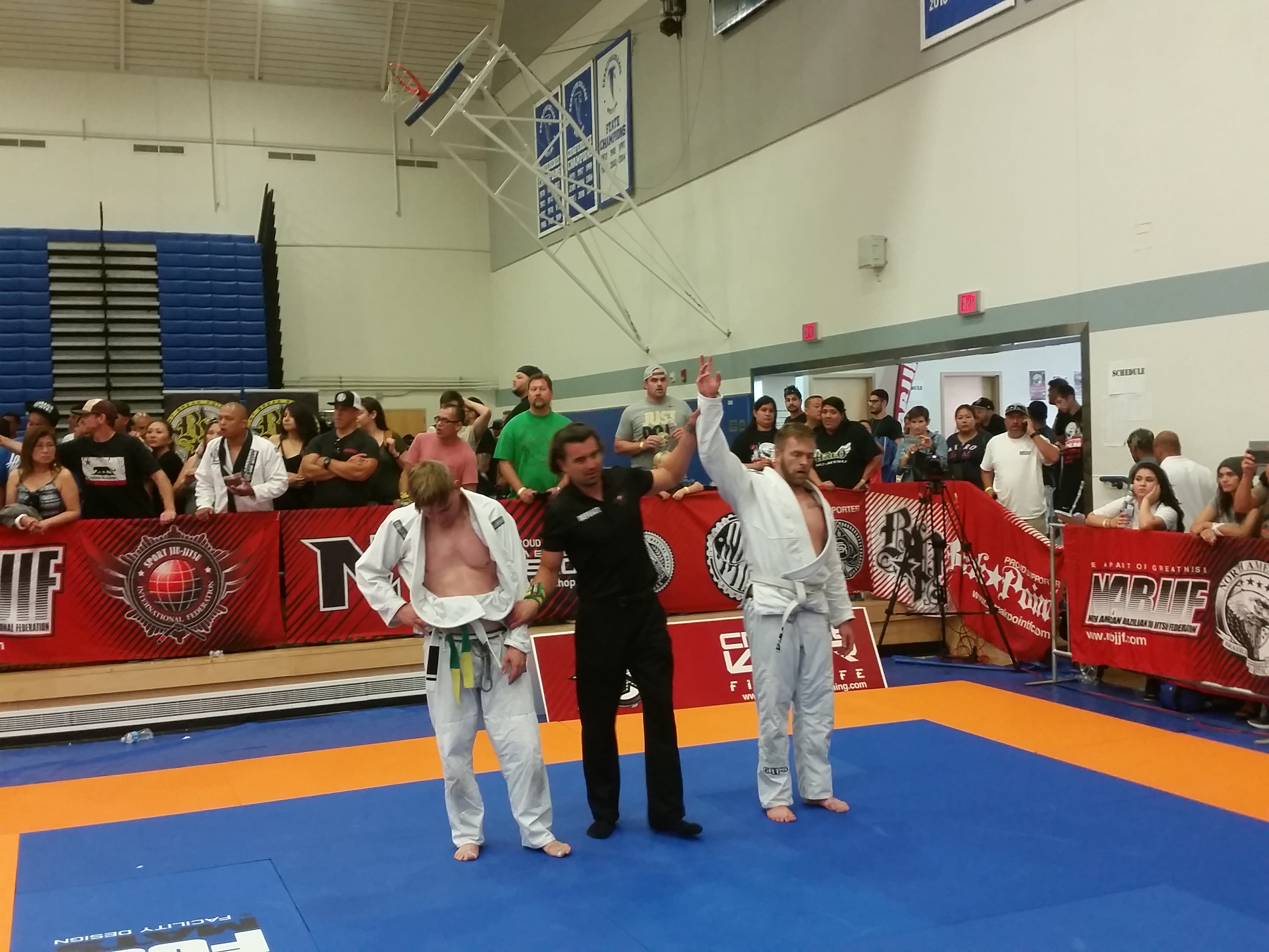 Jiu-Jitsu-Tournament-Victory